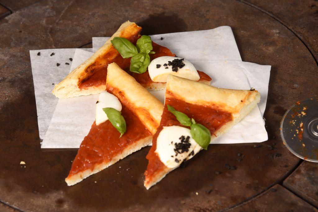 pizza-margherita-stuecke